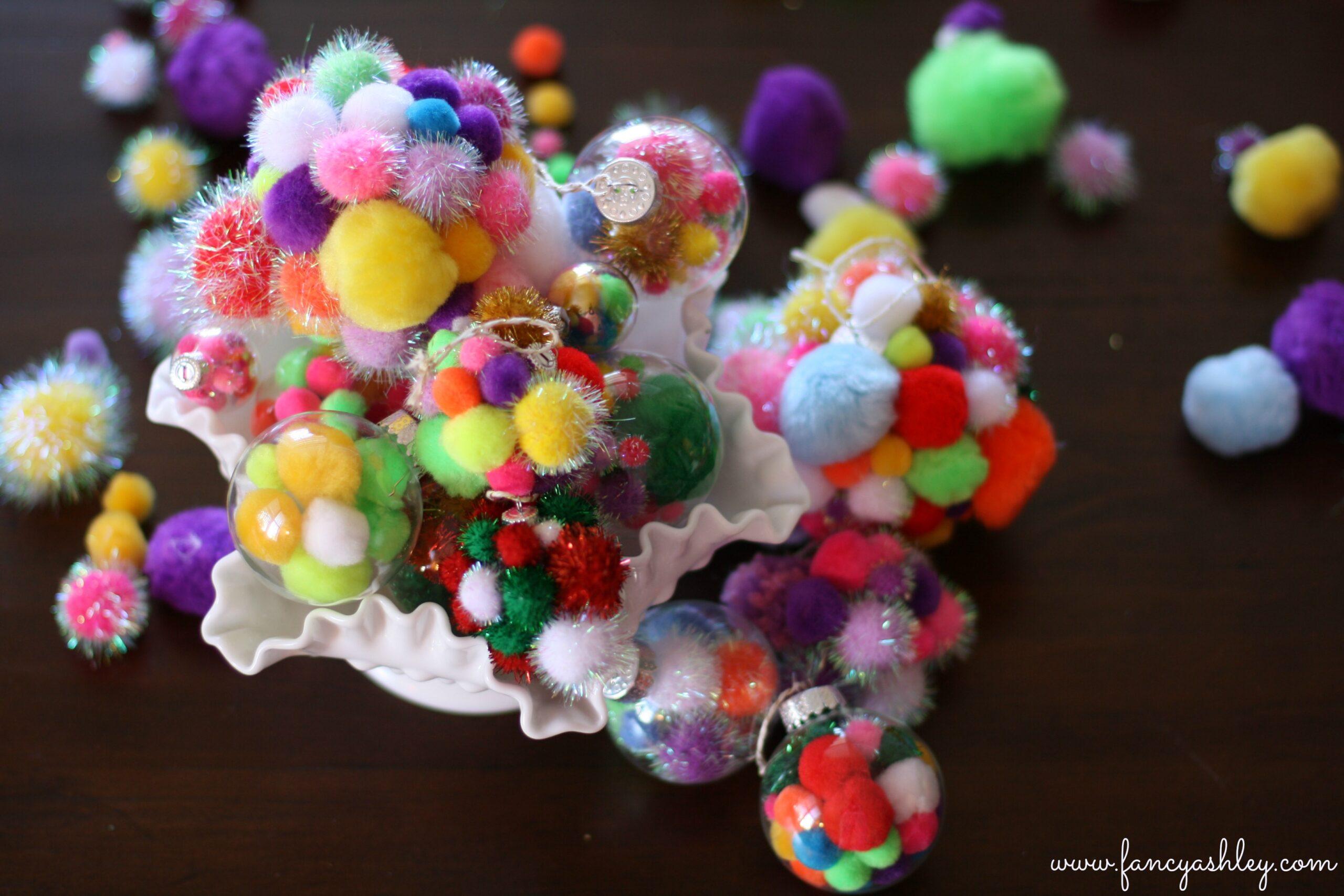 pom pom ornaments 3