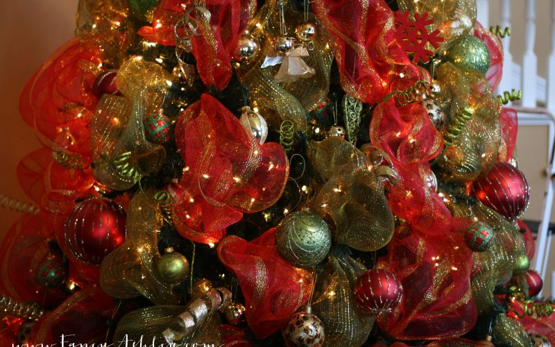 Fancy Christmas Tree Deco Mesh Video Tutorial