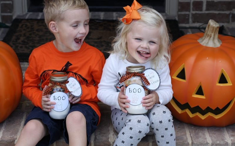 DIY BOO Cookies in a Jar with FREE Printables