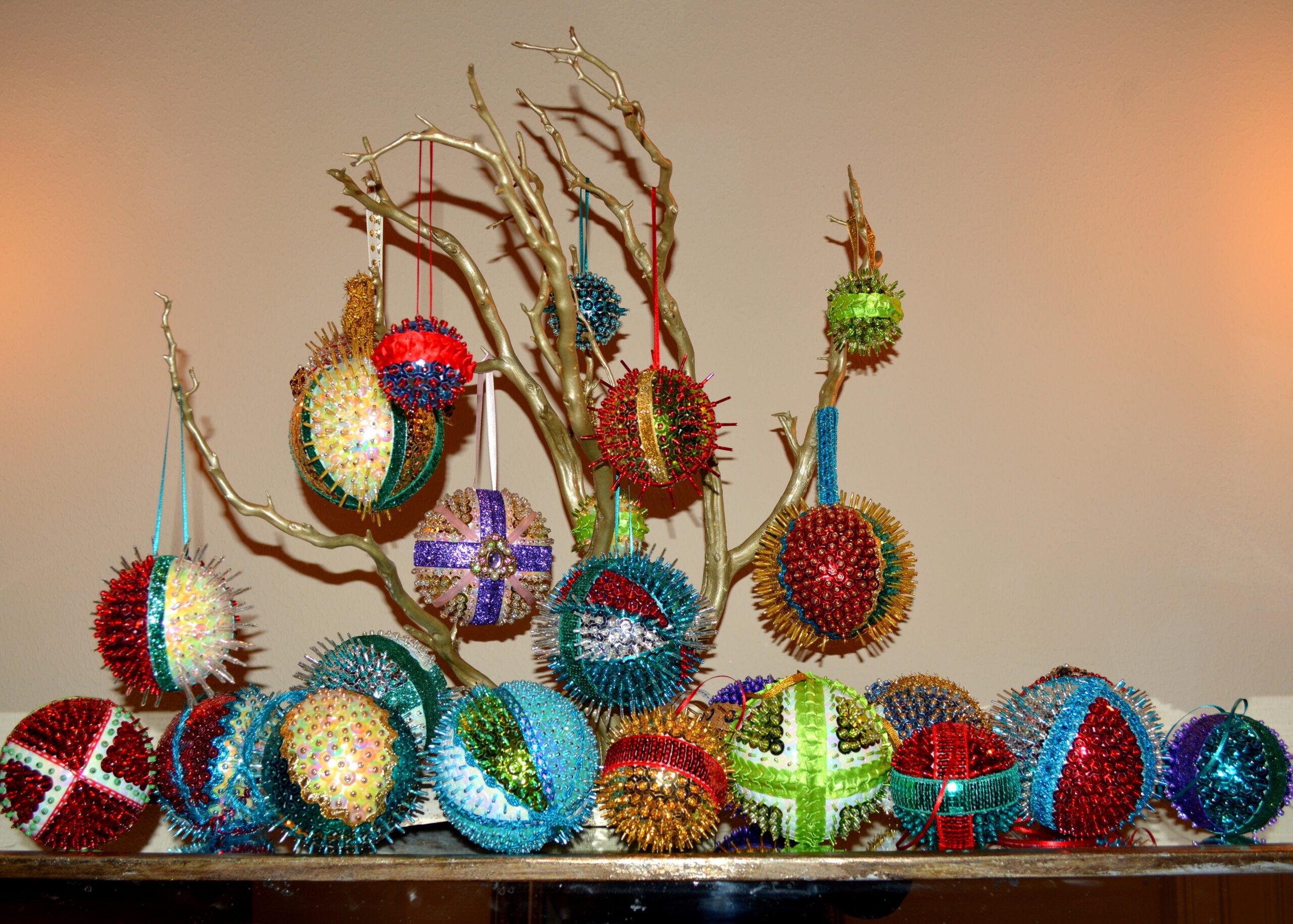 Ree Ree's Ornament Shop