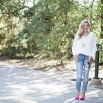 Everyday Fancy: Chunky Sweater and Pink Pumps // Fancy Ashley
