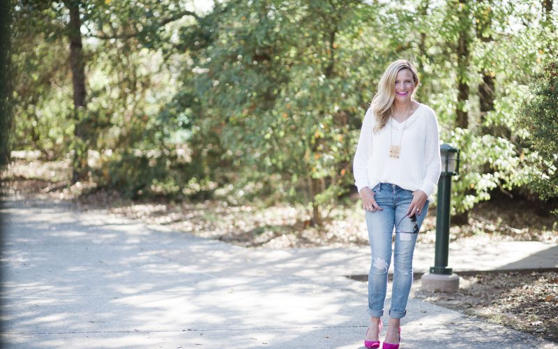 Everyday Fancy: Chunky Sweater and Pink Pumps