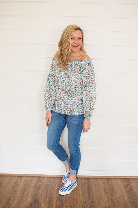 b791b9deac6f6 Floral Off The Shoulder Top and Jeans and Gingham Sneakers