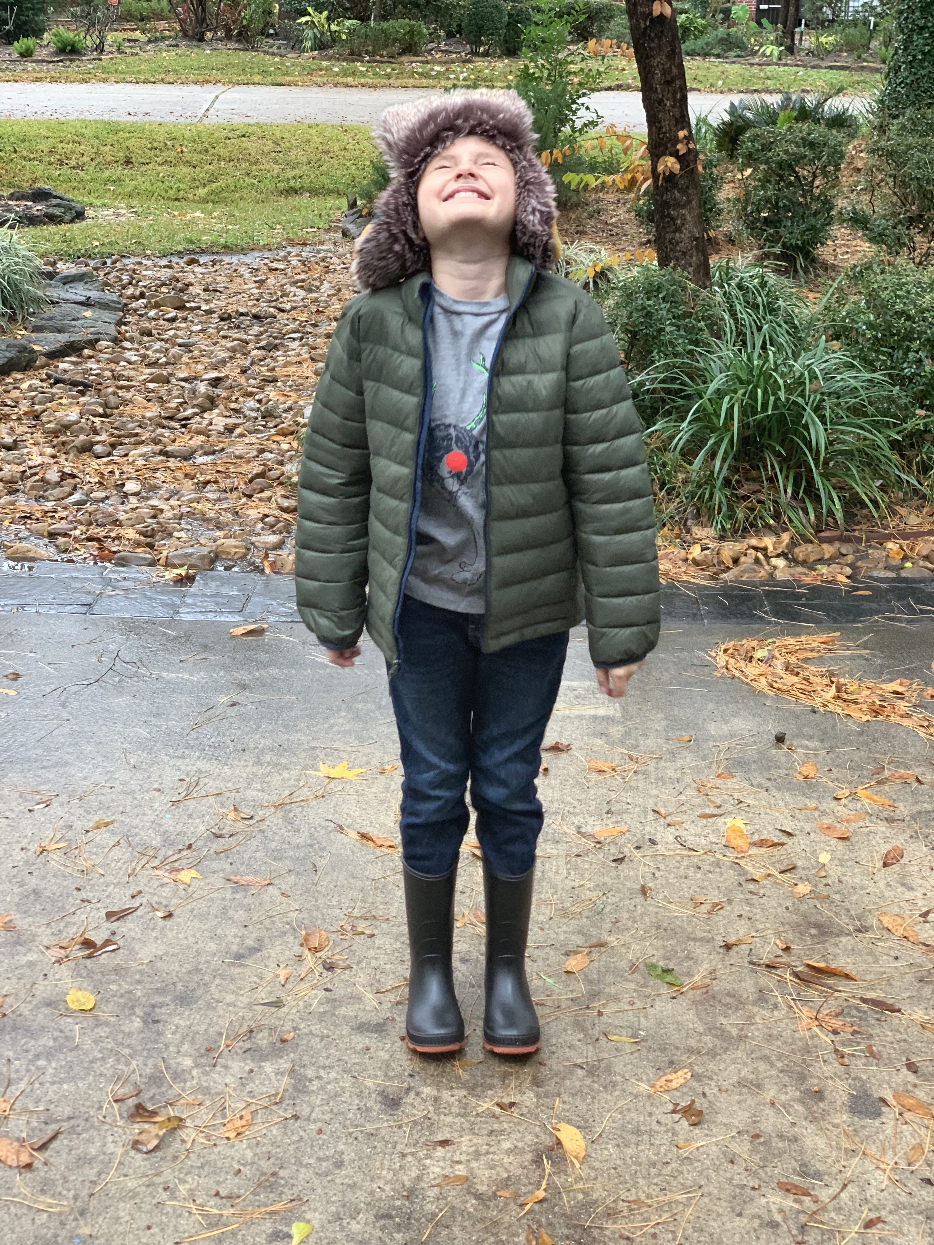 Winter fashion Amazon Favorites featured by top Houston fashion blogger, Fancy Ashley: image of a boy wearing an Amazon Essentials lightweight puffer jacket