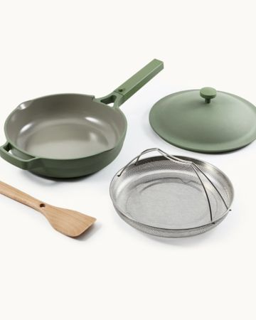 Black Friday Sales by popular Houston life and style blog, Fancy Ashley: image of the Our Place pan.